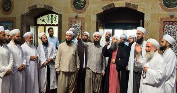Cübbeli Ahmed Hocaefendi, Mahmud Efendi Camii Şerifini ziyaret ettiler