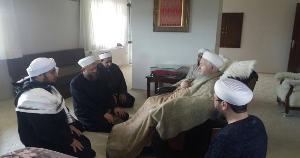 Şeyh Ömer Bin Hafiz'in İhvanı ve Yusuf Ziya Gümüşel Hocaefendi Ziyareti