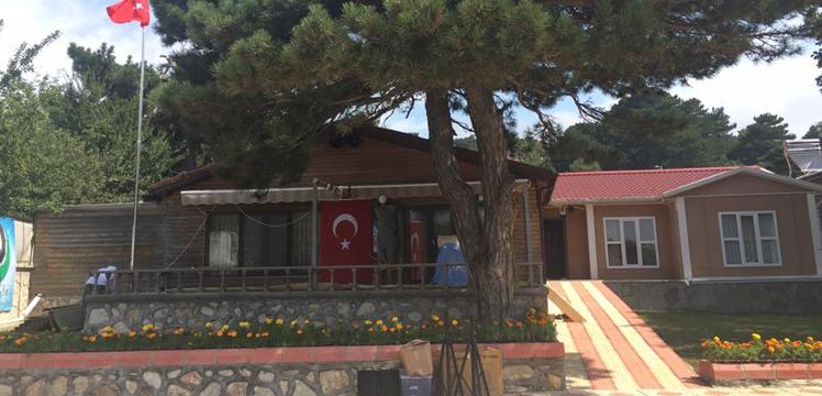 Şeyh Seyyid Bilal el-Çeştî Sultanımızın Uludağdaki Tekkesine geliyorlar.